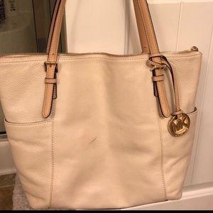 micheal kors purse cream colored